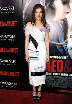 Prabal Gurung Spring 2014: For a girl playing a young lover, Hailee Steinfeld picked an awfully grown-up dress to premiere Romeo and Juliet in Hollywood. She picked an off-the-shoulder, mid-calf Spring '14 Prabal Gurung dress that felt more modern than romantic thanks to angular placements of print and color.
