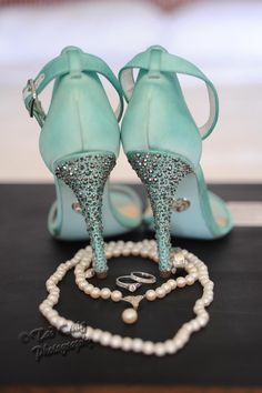 Betsey Johnson wedding shoes #betseyjohnsonshoes, #weddingshoes, #weddingblueshoes islandweddingmemories.com
