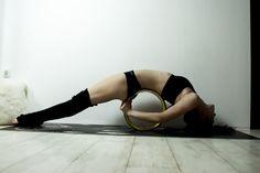 Meine Yogamatte und goldenes YoWheel Ballet Shoes, Dance Shoes, Leggings, Yoga, Fashion, Ballet Flats, Dancing Shoes, Moda, Fashion Styles
