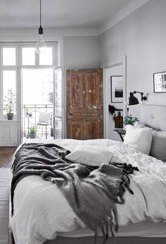 Grey rustic bedroom cozy up with this fall apartment decor inspiration grey rustic bedroom furniture Rustic Bedroom Furniture, Farmhouse Bedroom Decor, Cozy Bedroom, White Bedroom, Home Decor Bedroom, Bedroom Ideas, Bedroom Rustic, Rustic Bedding, Scandinavian Bedroom