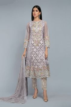 Latest Maria B Pret Stitched Summer Dresses Designs Collection consists of casual day wear & evening wear ready to wear suits in lawn, chiffon, Latest Pakistani Dresses, Pakistani Designer Suits, Pakistani Bridal Wear, Pakistani Dress Design, Cute Summer Outfits, Summer Dresses, Pakistani Street Style, Lawn Suits, Chiffon Material