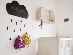 5-Ways-to-organize-kids-room-dropit-hooks