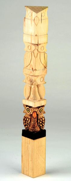 Paul Bignell shares with you his quick steps to carving a simple owl- Awesome Tutorial! Paul Bignell shares with you his quick steps to carving a simple owl- Awesome Tutorial! Whittling Projects, Whittling Wood, Dremel Projects, Woodworking Projects Diy, Wood Projects, Woodworking Organization, Woodworking Workbench, Woodworking Furniture, Woodworking Shop
