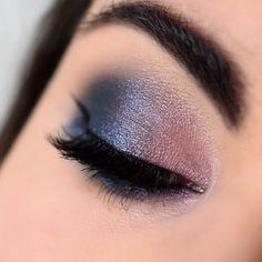Make-up esprit galaxie avec la palette Untamed de Sigma - Marine Loves Polish and More... - Blog beauté et lifestyle Palette, Makeup Looks, Make Up, Lifestyle, Magnetic Eyelashes, Black Pencil, False Lashes, Bangs, Pallets