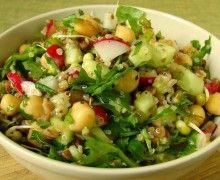 Sałatka z kaszą gryczaną i ciecierzycą Potato Salad, Salads, Potatoes, Lunch, Healthy, Ethnic Recipes, Kitchen, Diet, Bulgur