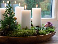 Julen 2014 starter med en smuk hjemmelavet adventskrans - denne adventskrans er nem, smuk og spreder den dejligste julede hyggestemning i hjemmet