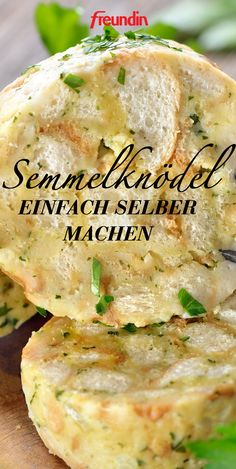 """Semmelknödel einfach selber machen Our woman on the grill, Anja Auer, shows us how easy it is to make our favorite side dish """"bread dumplings"""" ourselves and reveals very special tricks for us Homemade Sandwich, Chicken Sandwich Recipes, Homemade Burgers, Healthy Chicken Recipes, Salmon Recipes, Healthy Cooking, Vegetable Recipes, Crockpot Recipes, Vegetarian Recipes"""