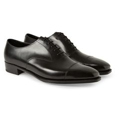 For something traditional that offers especially good cost per wear, we'd go for a pair of rugged leather lace-up shoes, ideally with rubber soles. Leather Brogues, Suede Loafers, Lace Up Shoes, Dress Shoes, Gentleman Shoes, Types Of Shoes, Leather And Lace, Fashion Shoes, Oxford Shoes