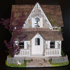 Greenleaf Arthur Dollhouse