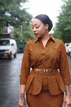 Cobra Pencil Skirt Shirt Set Sale by tribalgroove on Etsy African Dresses For Women, African Attire, African Fashion Dresses, African Wear, African Inspired Fashion, African Print Fashion, Africa Fashion, African Print Dress Designs, African Design
