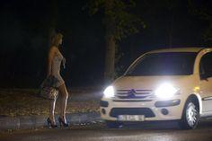 Roma, Prostituzione: Ad aprile primo Quartiere a Luci Rosse