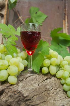 Healthy Honey Grapes Juice Recipe -   Ingredients:  . Grapes 4 cups (1 per serving)  . Honey 4 tablespoons  . Chilled Water 1 cup  . Salt (optional) to taste