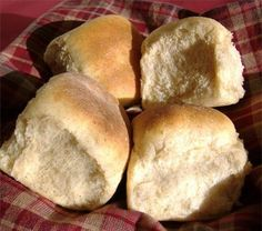 Southern Living Oatmeal Dinner Rolls - low cholesterol and healthier carbs (no flour, just oats)