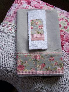 Tea towel decorative and complimenting washer. | Flickr: Intercambio de fotos