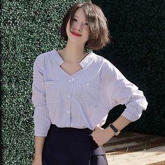 Korean Style Stripe White Blouse Women 2017 New Spring V-Neck Long Sleeve Cotton Shirt Elegant Loose Pocket Women Blouse Tops Sewing Shirts, Short Sleeve Blouse, Long Sleeve, Korean Fashion Trends, Shirt Refashion, Korean Outfits, Blouses For Women, Korean Style, Ruffle Blouse