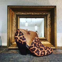 Hello lover... #betsykingshoes #paseoartsdistrict #fallishere #shoplocal #shoegamestrong