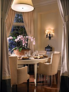 Transitional Dining Room Chandelier Lovely Dining Room Design Beautiful Transitional Dining Room with Dining Room Design, Dining Area, Dining Rooms, Design Bedroom, Dining Tables, Bedroom Decor, Elegant Dining, Small Dining, Round Dining