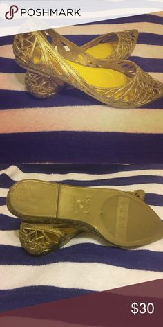 Gold Shimmering Shoes They're Gold, Shimmering,flattering pointy flats with eye drawing cut outs, Perfect for Summer Time! (Never Worn) Shoes Sandals