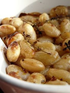 Every bit as good as they sound. Baked Honey and Mustard Butterbeans tin of butterbeans 1 tblspn honey 1 tspn dijon mustard 1 tspn wholegrain mustard Olive oil Seasoning A few thyme sprigs Pre… Vegetable Dishes, Vegetable Recipes, Vegetarian Recipes, Cooking Recipes, Fast Food, Food Inspiration, The Best, Healthy Snacks, Paleo