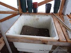 Potting Bench - Greenhouse Soil Sink Potting Bench Idea: For my garden greenhouse,-Retrieving a service tub plastic. -Fill the hole and fill with soil. Stardew Valley Greenhouse, Greenhouse Benches, Greenhouse Shelves, Greenhouse Base, Simple Greenhouse, Outdoor Greenhouse, Portable Greenhouse, Greenhouse Interiors, Greenhouse Gardening