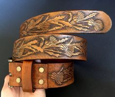 Tooled leather belt with thistle ornament - Exclusive gift for stylish ladies…