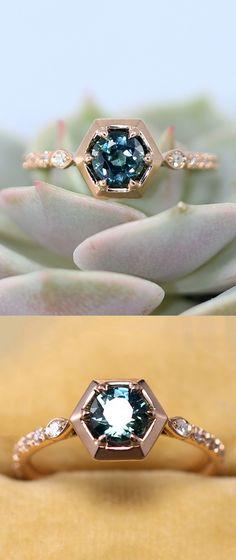 Jewelry Rings, Jewelry Accessories, Jewelry Design, Lucky Stone, Pomellato, Pretty Rings, Diamond Are A Girls Best Friend, Lorraine, Unique Rings