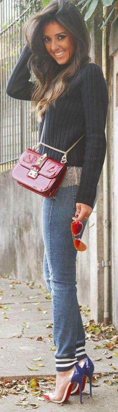 Valentino Bright Oxblood Lipstick Effect Leather Gold Chain Cross Body Bag by Blog da Paulinha