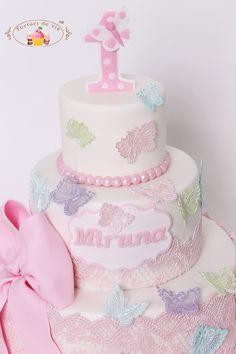 Tort pentru prima aniversare a Mirunei