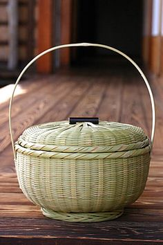 bamboo basket /たけかご  storing cooked rice