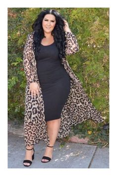 Plus Size Fashion for Women - Plus Sized Dress - Ideas of Plus Sized Dress - Plus Size Fashion for Women Curvy Girl Fashion, Black Women Fashion, Look Fashion, Plus Fashion, Womens Fashion, Curvy Fashion Plus Size, Size 12 Fashion, Plus Size Fashion For Women Summer, Chubby Fashion