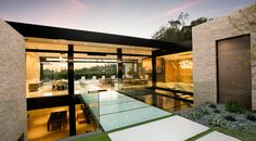 Hillcrest Residence in Beverly hills with a true water garden located in the middle of the house - CAANdesign | Architecture and home design blog