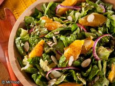 Sunshine Salad | A healthy summer salad recipe that's easy to put together! Low carb and low fat.