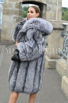 Fall Fashion Trends, Fur Fashion, Fashion Guide, Fashion Bloggers, Style Fashion, Fox Fur Coat, Fur Coats, Fur Clothing, Fabulous Furs