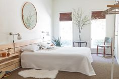 Homepolish's Guide to Decorating White Walls | StyleCaster