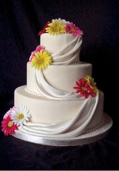 Charming spring wedding cake @Katherine Adams Dean