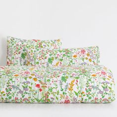 Image of the product Botanical Print Bed Linen