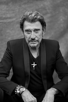 impressive crowd of Anonymous and Officials at funeral of singer Johnny Hallyday, dead at boss of french musical stage, since 57 years ! He was a piece of France for - Famous Artists, Music Artists, Johnny Haliday, Q Photo, Jean Philippe, Christian Audigier, Richard Gere, Cross Paintings, Singer