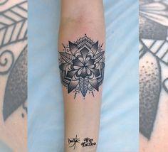 #tattoo #tattoos #tattooed #tattooartist #tattooart #тату #татуировка #татуировки #бодиарт #татудня #татухной #татусалон #vip #tattoo_omsk #vip_tattoo_omsk #like #blacktattoo #омск #омсктату #omsk #ink #viptattoo #vip_tattoo #viptattoostudio #мандала