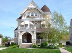 1896 Queen Anne – Galesburg, Illinois