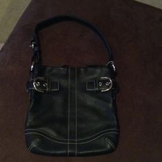 Coach Purse Great condition leather coach purse. Length 10 inches, width 9 1/2 inches, straps 20 inches with adjustment straps when needed. Authentic coach purse!!!! Coach Bags Mini Bags