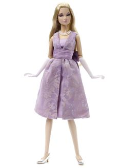 As I mentioned in a previous post, Poppy Parker must be the most popular Integrity Toys doll now. So it comes as no surprise that they dec. Teen Fashion, Fashion Dolls, Poppy Parker, Dream Doll, Teen Models, Barbie World, Violet, Poppies, Doll Clothes