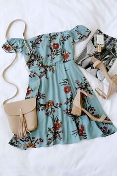 Not a huge fan of off-the-shoulder things (I'd be worried they would slip down!), but the idea of this outfit is so pretty The post One Sweet Day Light Blue Floral Print Off-the-Shoulder Dress appeared first on Woman Casual - Woman Dresses Cute Dresses, Casual Dresses, Casual Outfits, Floral Dresses, Dresses Uk, Women's Casual, Beautiful Dresses, Mode Outfits, Fashion Outfits