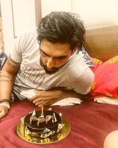 #ishantsharma #birthdayboy🎉 #cricketer #rohitsharma #viratkohli #birthday #trending #trendingnow #ganeshchaturthi #ganesha #fans #bollywood #modi #cricket #testmatch #series #swag #passion #mondaymotivation Boy Birthday, Happy Birthday, Cricket News, Ganesha, Monday Motivation, Bollywood, Swag, Fans, Passion