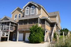 #429 Wonderful Oceanfront Vacation Rental in Nags Head! Includes discounted golf at Kilmarlic Golf Course!