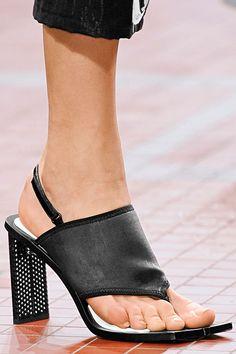 Kenzo:love the heels
