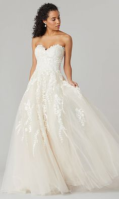 Sexy wedding dresses - Victoria Long Strapless Wedding Dress by Kleinfeld Online Only – Sexy wedding dresses Sweetheart Wedding Dress, Modest Wedding Dresses, Boho Wedding Dress, Wedding Dress Styles, Designer Wedding Dresses, Sexy Dresses, Bridal Dresses, Elegant Dresses, Backless Wedding