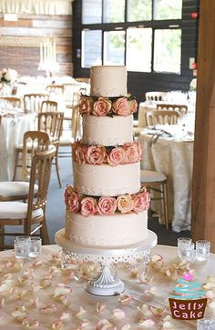 Lace, Pearls  Roses Wedding Cake