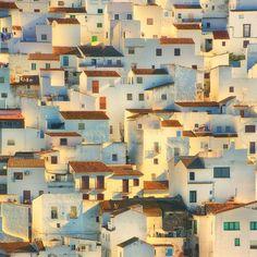 davidtendresse: Casares, Andalusia, Spain. Allard Schager