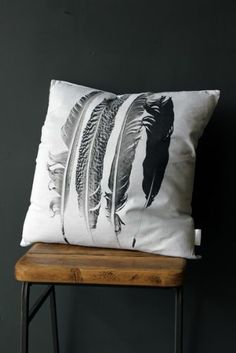 Feathers Cushion