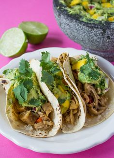 These jerk jackfruit tacos look so good!  via @sweetpotatosoul